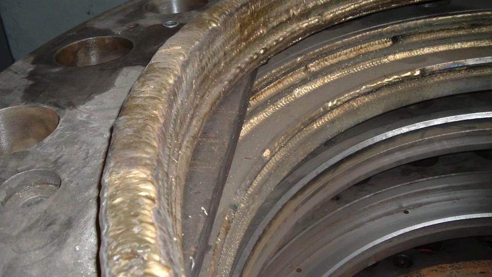 Tenute per valvole Hydro - Riporto in Bronzo Alluminio, prima della lavorazione